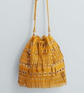 sac jaune 272x300 - Une couleur : le jaune moutarde