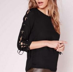 blouse lacets 300x293 - La folie des lacets