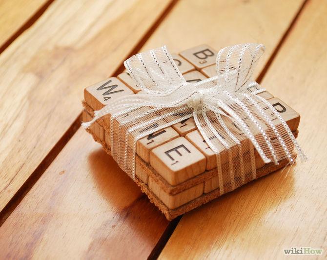 sous verre scrabble - 15 idées de cadeaux à réaliser soi-même