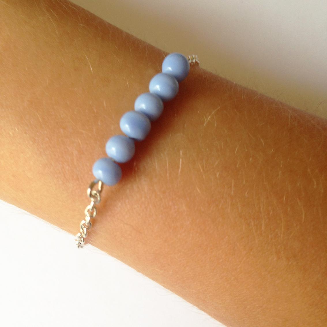 Bracelet Bulle petites perles bleu clair