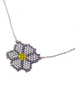 collier-marguerite-fleur-fantaisie-bijoux-fait-main-la-touche-finale